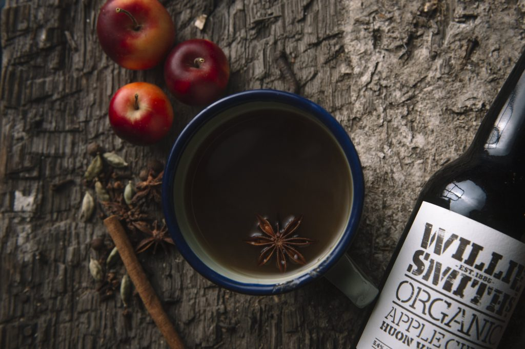 Willie Smith's Famous Hot Spiced Cider